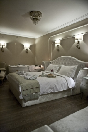 One-Bedroom Suite, Melies Boutique Hotel | Hotels in Loutra Pozar | Loutra Pozar | Hot Springs  Pozar Baths Loutraki Aridaia | Greece